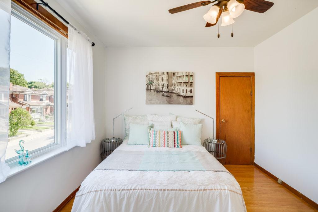 Second Bedroom, 272 McRoberts, Toronto Home Staging