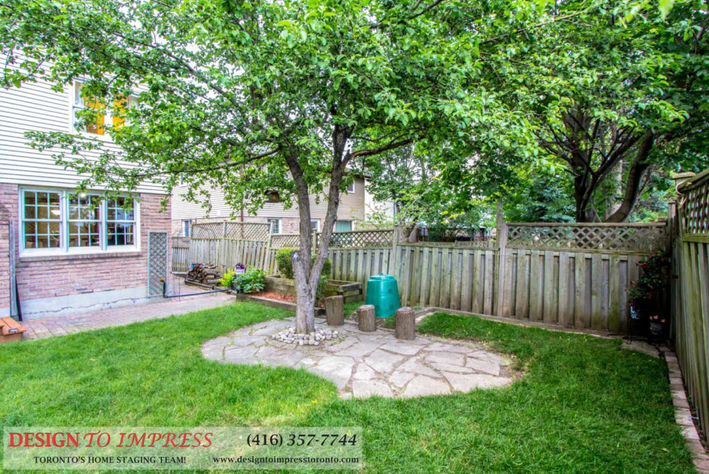 Backyard Tree, 133 Huntington Park, Thornhill Home Staging