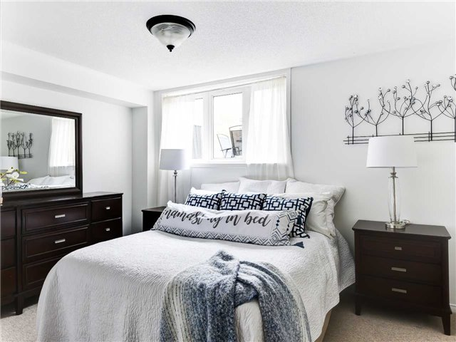Bedroom, 5050 Intrepid, Mississauga Home Staging