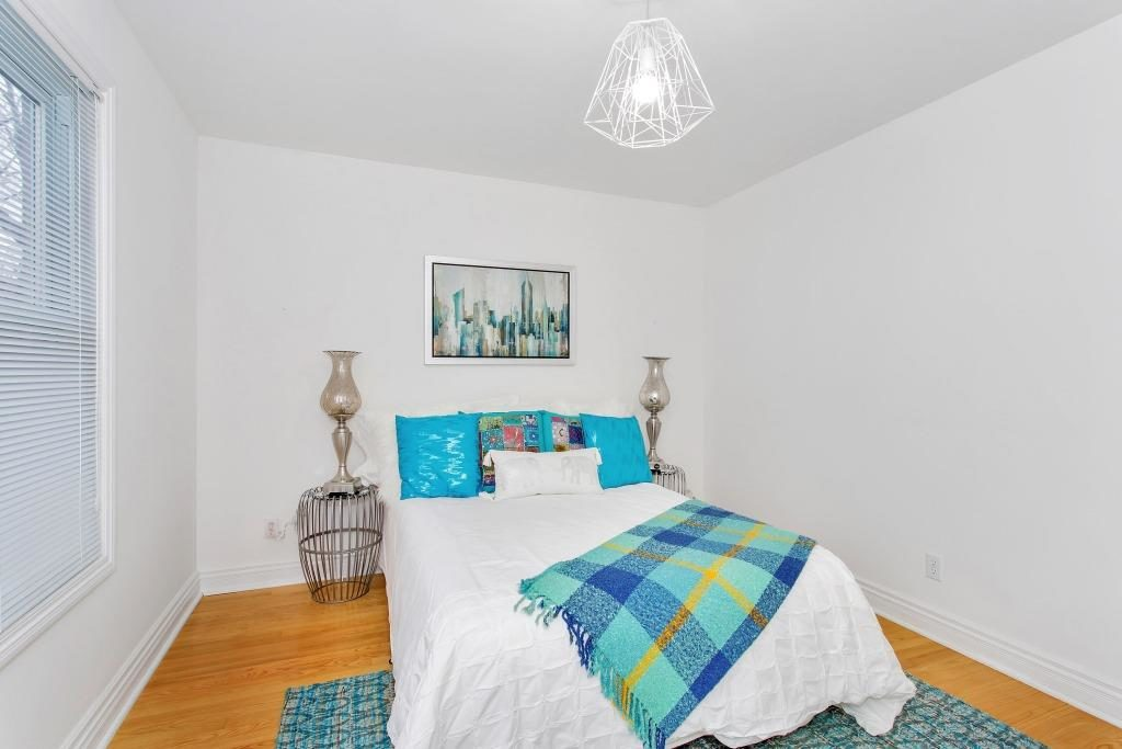 Second Bedroom, 723 Markham, Toronto Home Staging