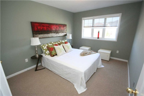 Second Bedroom, 140 Candlebrook, Whitby Home Staging