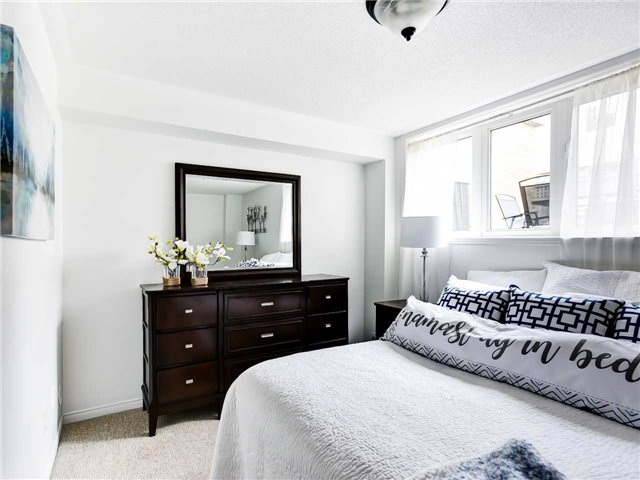 Bedroom View, 5050 Intrepid, Mississauga Home Staging