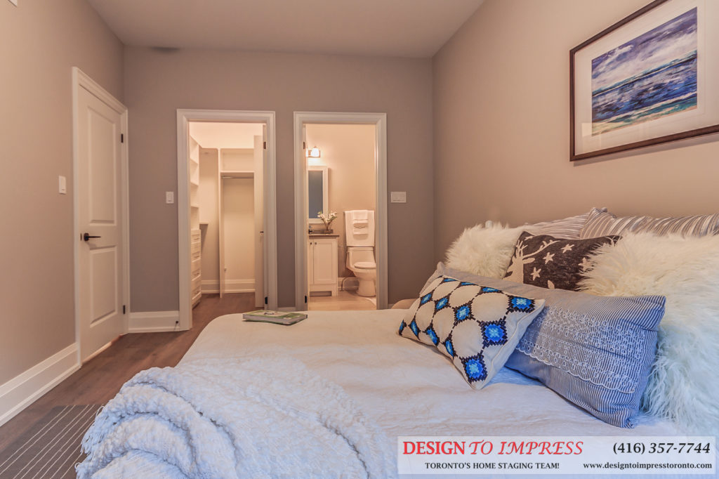 Bedroom Walk-in Closet, 1297 Fawndale, Pickering Home Staging