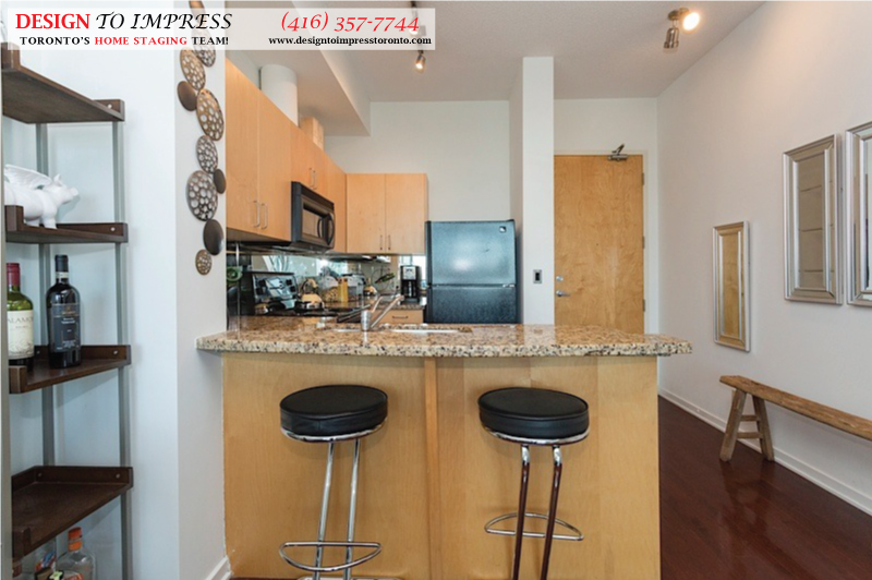 Breakfast Bar, 388 Richmond, Toronto Condo Staging