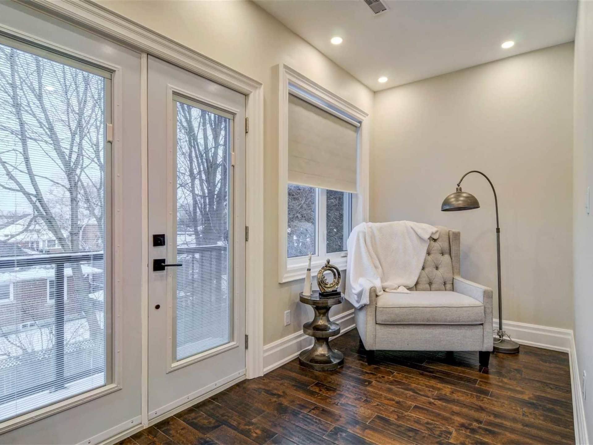 Den, 9 Lloyd Manor, Toronto Home Staging