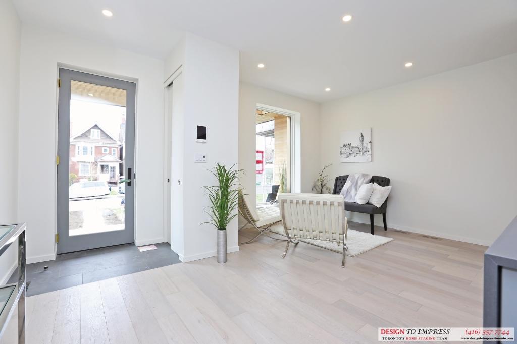 Doorway, 75 Parkway, Toronto Home Staging