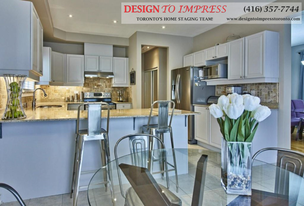 Eat-in Breakfast Bar, 84 Barchester, Whitby Home Staging