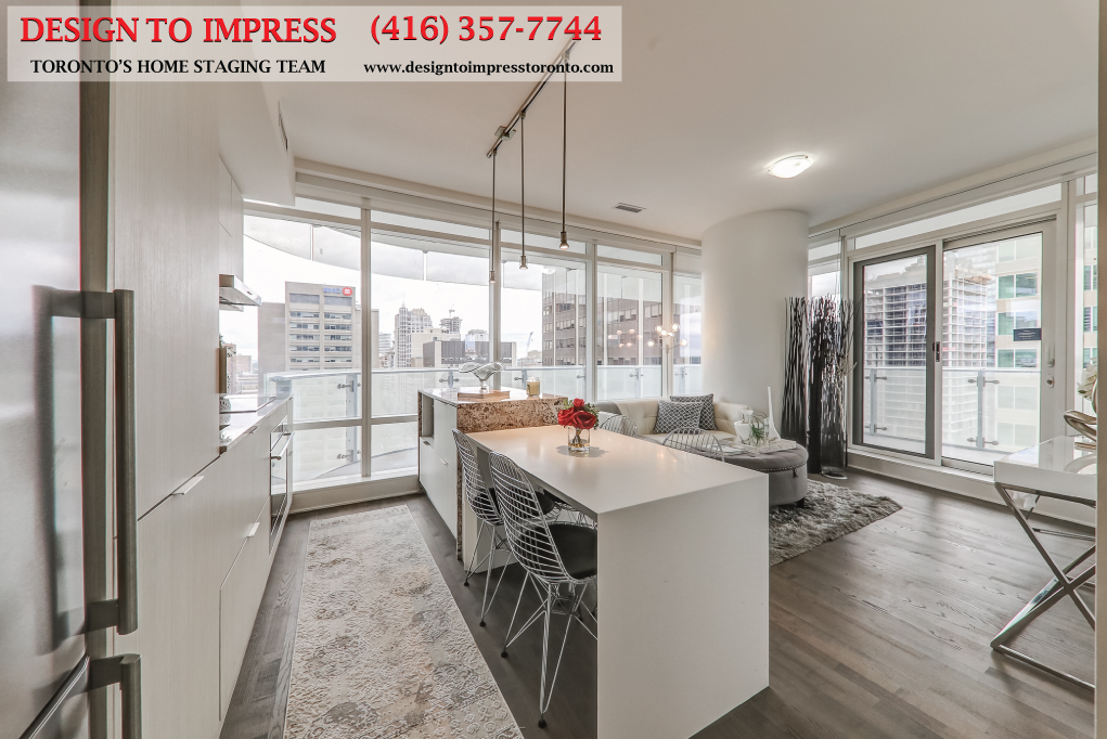 Eat-in Kitchen, 1 Bloor St. East, Toronto Condo Staging
