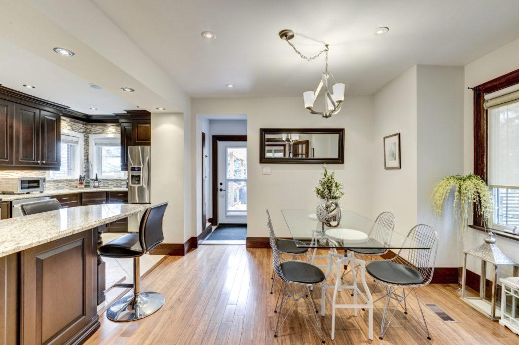 Eat-in Kitchen, 50 Albert, Etobicoke Home Staging