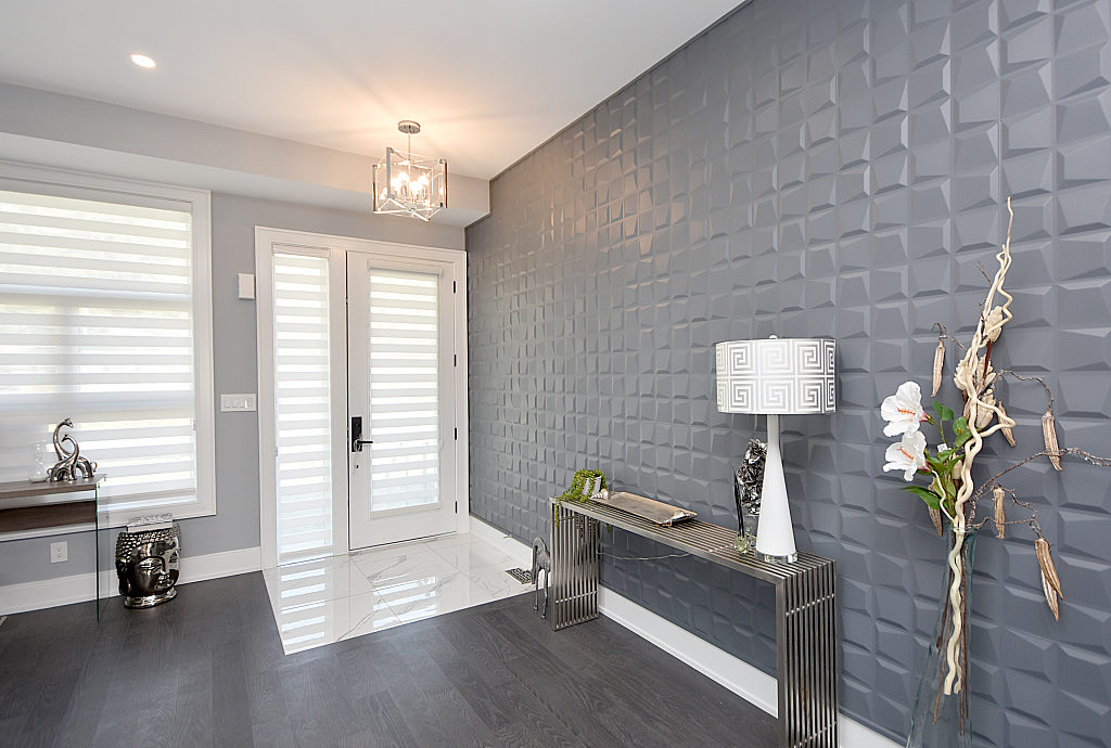 Entrance, 948 Third, Mississauga Home Staging