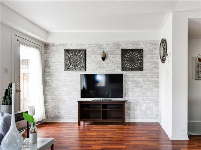 Family Room, 5050 Intrepid, Mississauga Home Staging