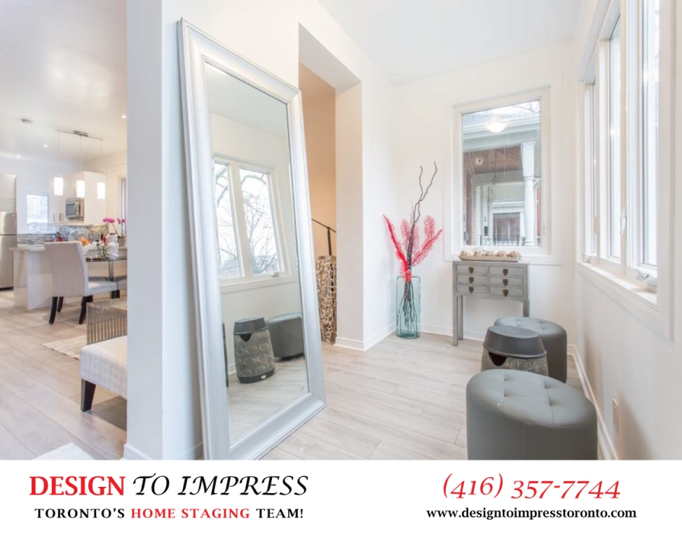 Foyer, 574 Manning, Toronto Home Staging