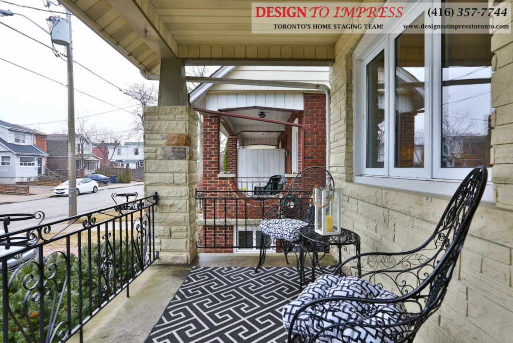 Front of House, 291 Springdale, Toronto Home Staging