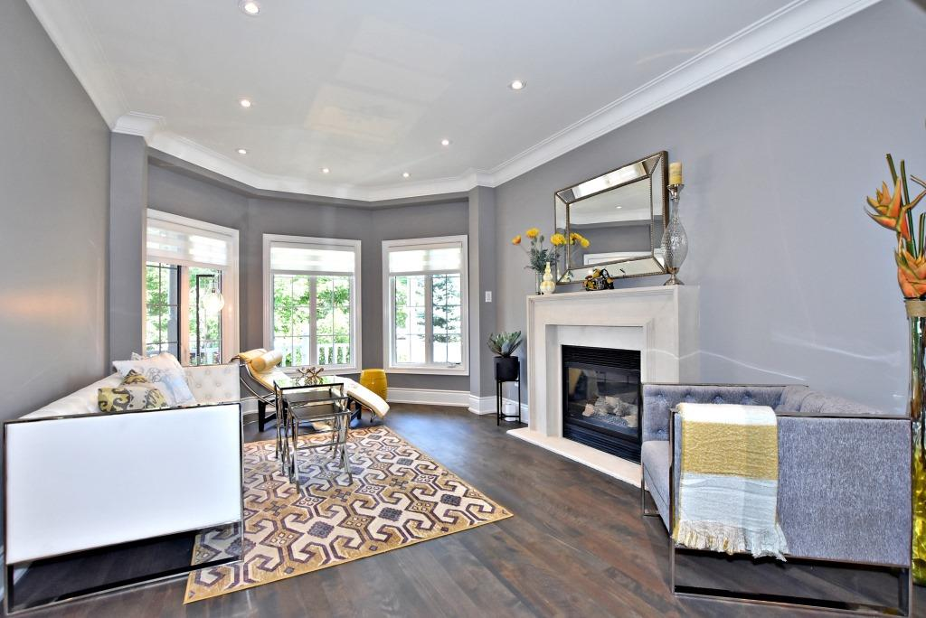 Front Windows, 91 Wheeler, East York Home Staging