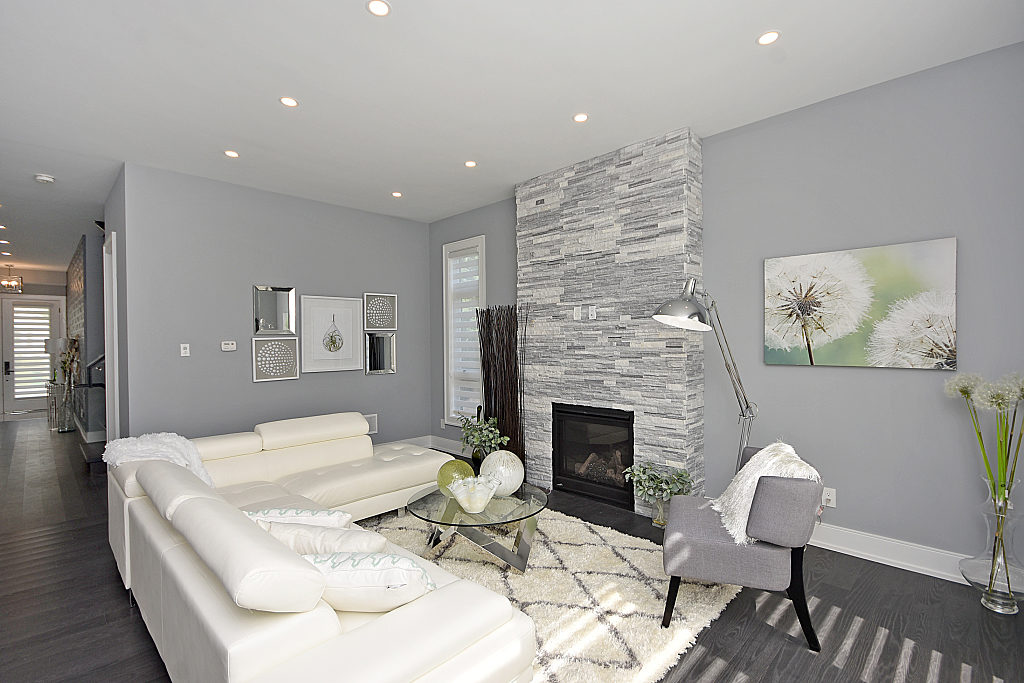 Hallway and Living Area, 948 Third, Mississauga Home Staging