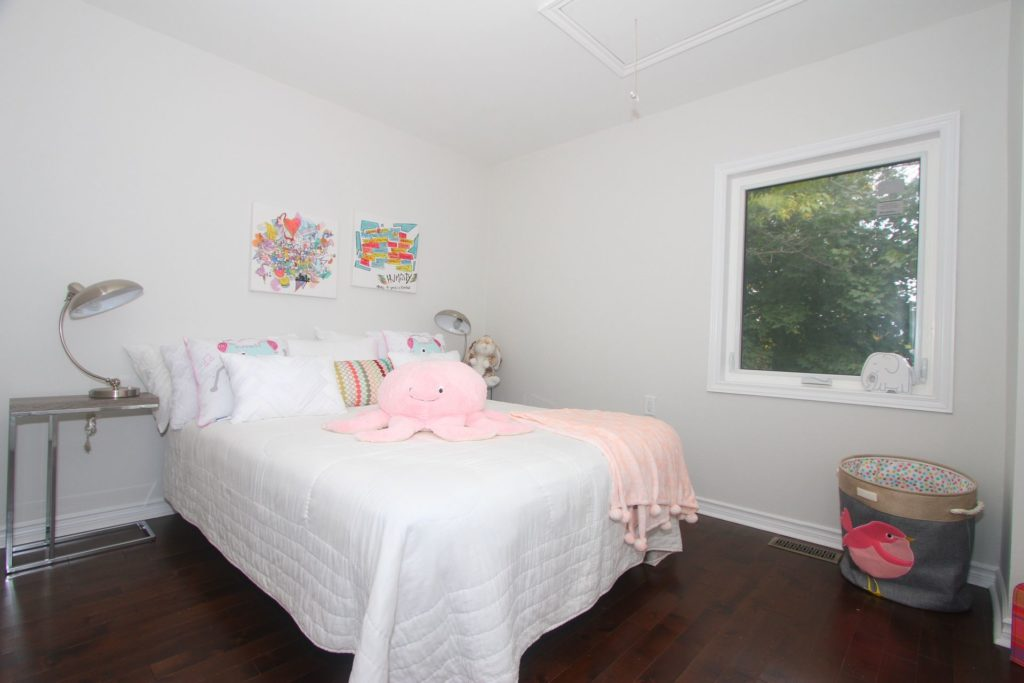 Kids Bedroom, 161 Fifth, Etobicoke Home Staging