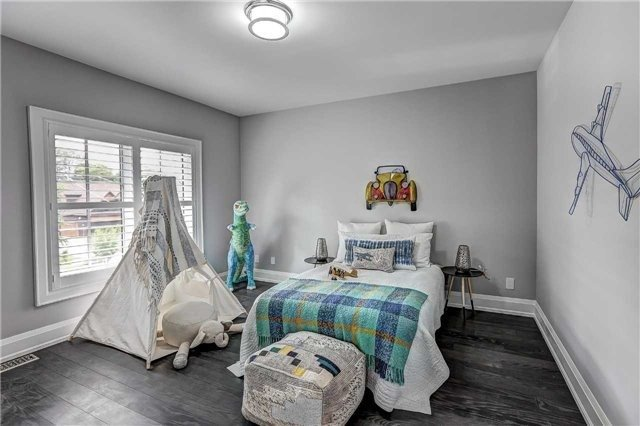 Kids Bedroom, 175 The Kingsway, Etobicoke Home Staging