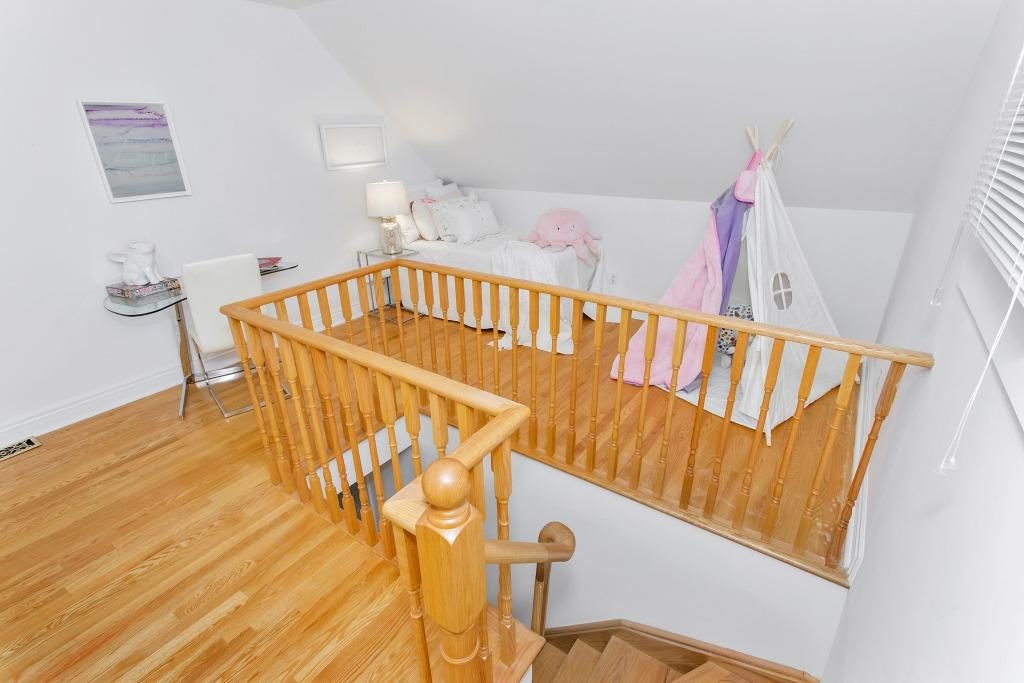 Kids Room, 723 Markham, Toronto Home Staging