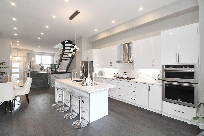 Kitchen, 182 Oak Park, East York Home Staging
