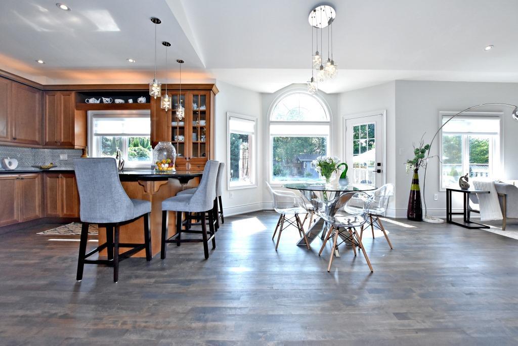 Kitchen, 91 Wheeler, East York Home Staging