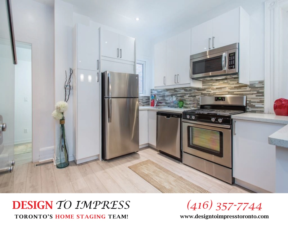 Kitchen Appliances, 574 Manning, Toronto Home Staging