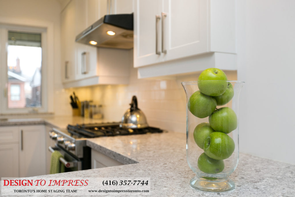 Kitchen Cabinets, 291 Springdale, Toronto Home Staging