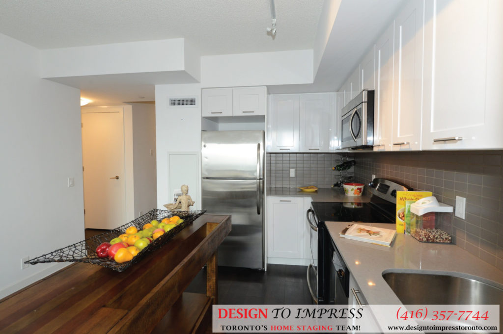 Kitchen Countertop, 2220 Lakeshore Blvd. West, Toronto Condo Staging