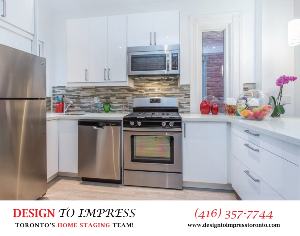 Kitchen Countertop, 574 Manning, Toronto Home Staging