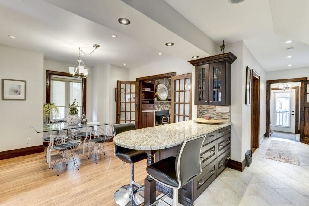Kitchen Drawers, 50 Albert, Etobicoke Home Staging