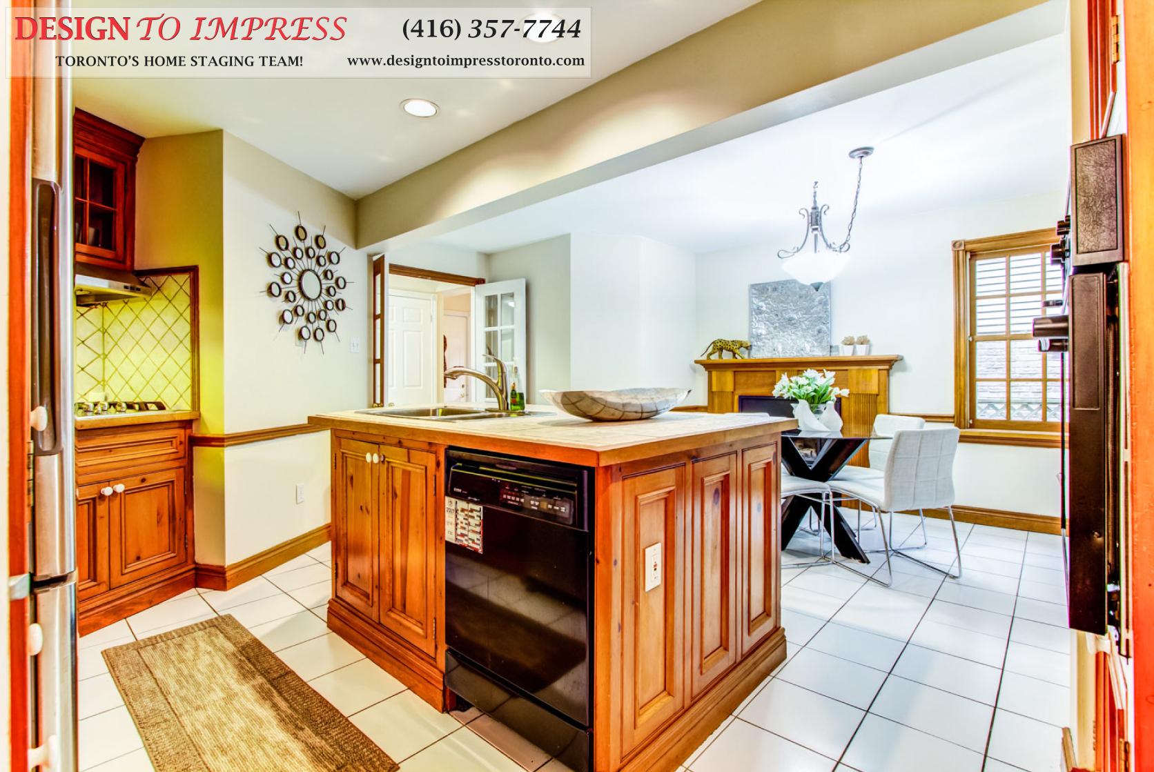 Kitchen Entrance, 133 Huntington Park, Thornhill Home Staging