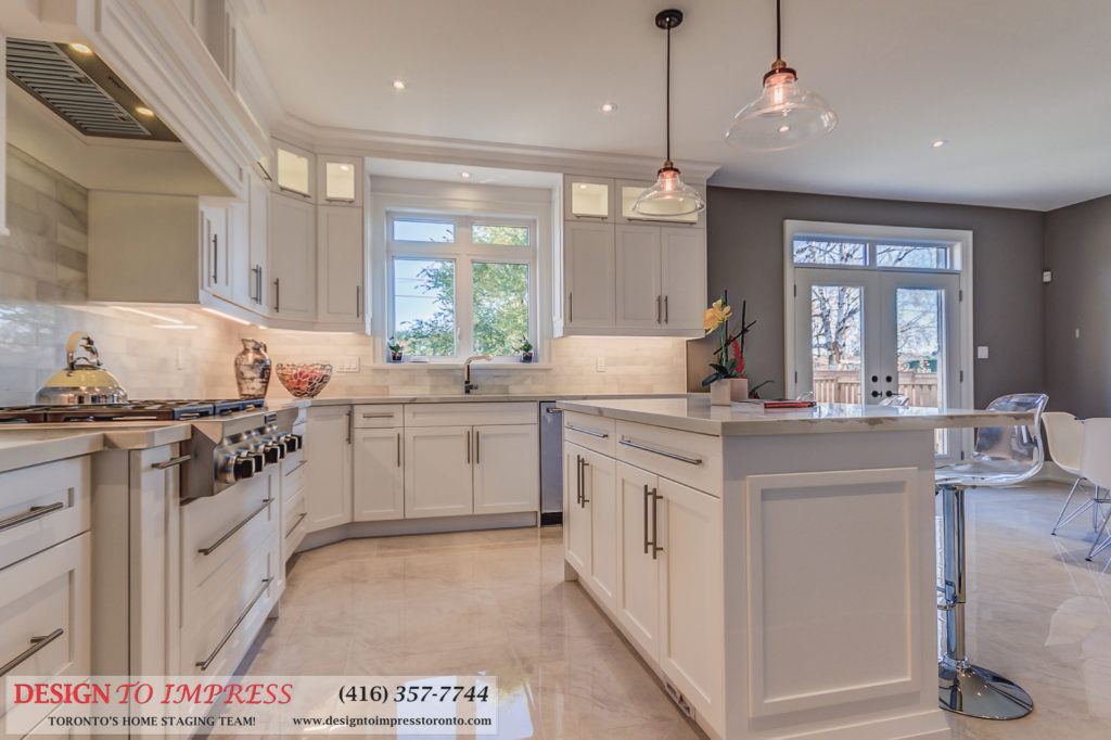 Kitchen Island, 1297 Fawndale, Pickering Home Staging