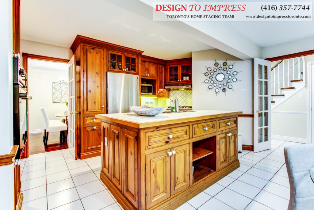 Kitchen Island, 133 Huntington Park, Thornhill Home Staging