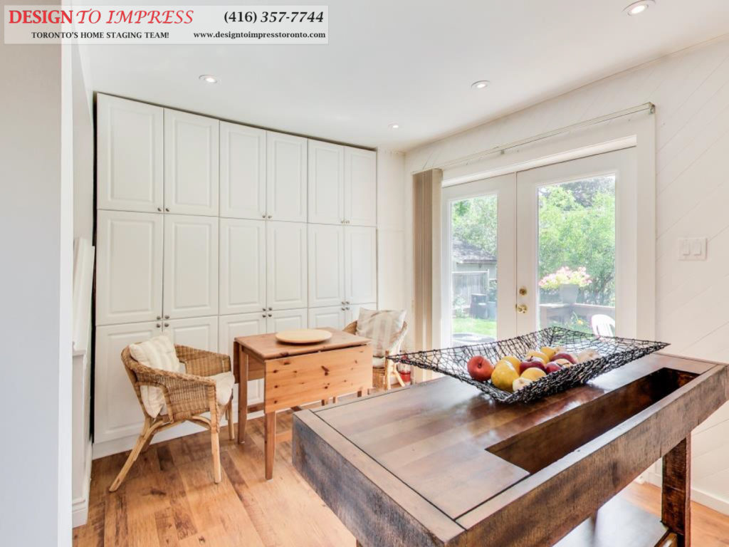 Kitchen Island, 41 Bournville, Scarborough Home Staging
