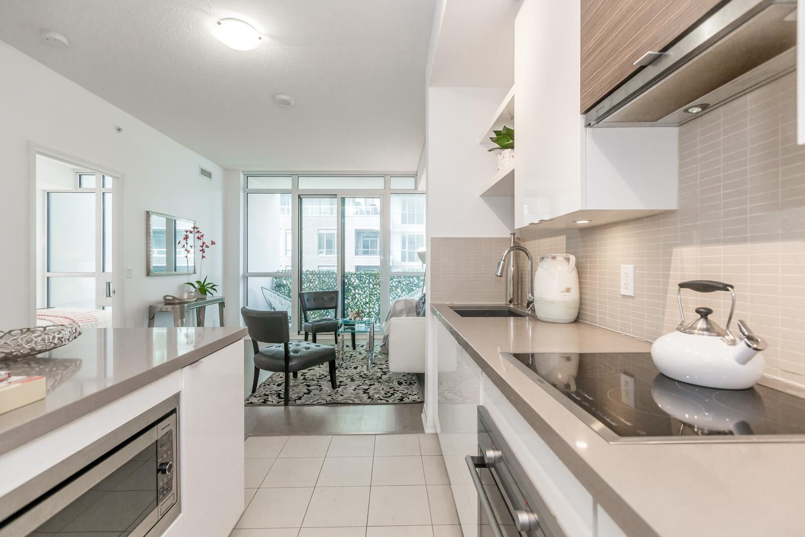 Kitchen Walkway, 59 Annie Craig, Toronto Condo Staging