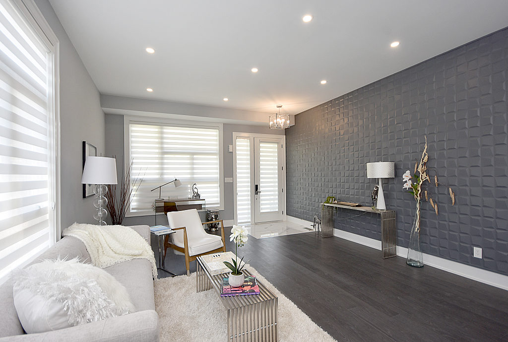 Living Area, 948 Third, Mississauga Home Staging