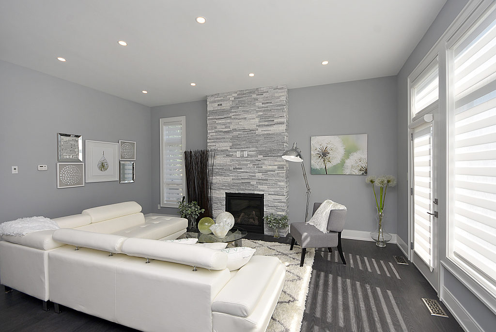 Living Room Fireplace, 948 Third, Mississauga Home Staging