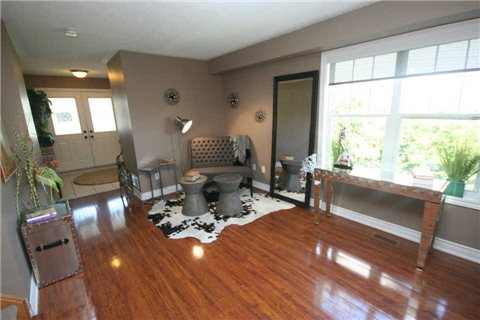 Living Room, 140 Candlebrook, Whitby Home Staging