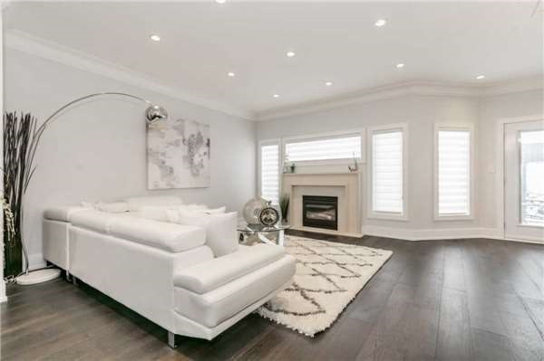 Living Room, 51 Glacier, Vaughan Home Staging