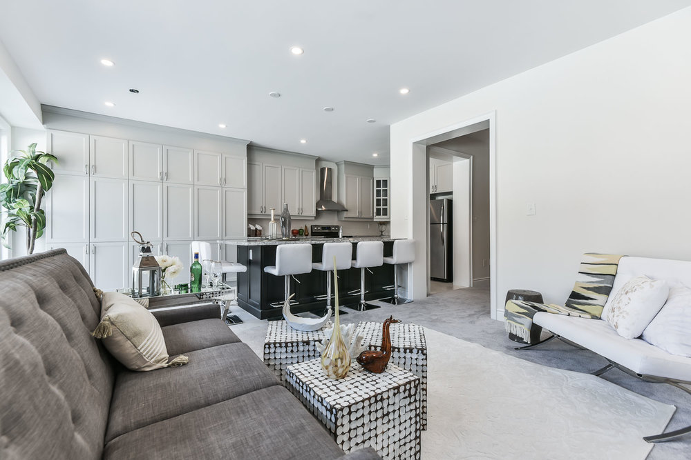Living Room and Kitchen, 571 Windfields Farm, Oshawa Home Staging
