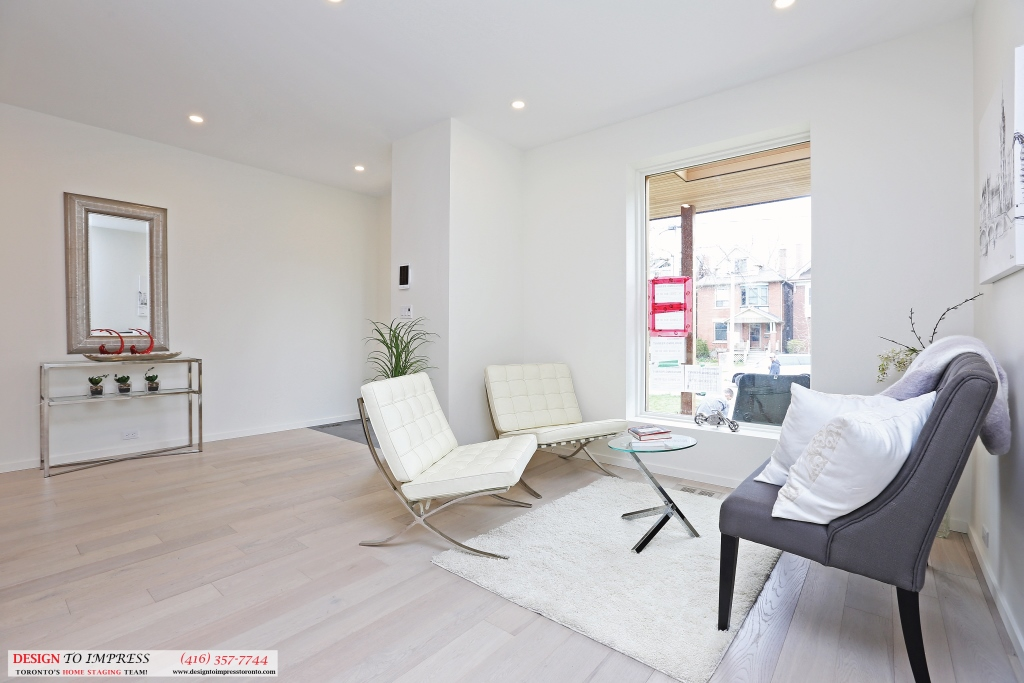 Living Room Seating, 75 Parkway, Toronto Home Staging