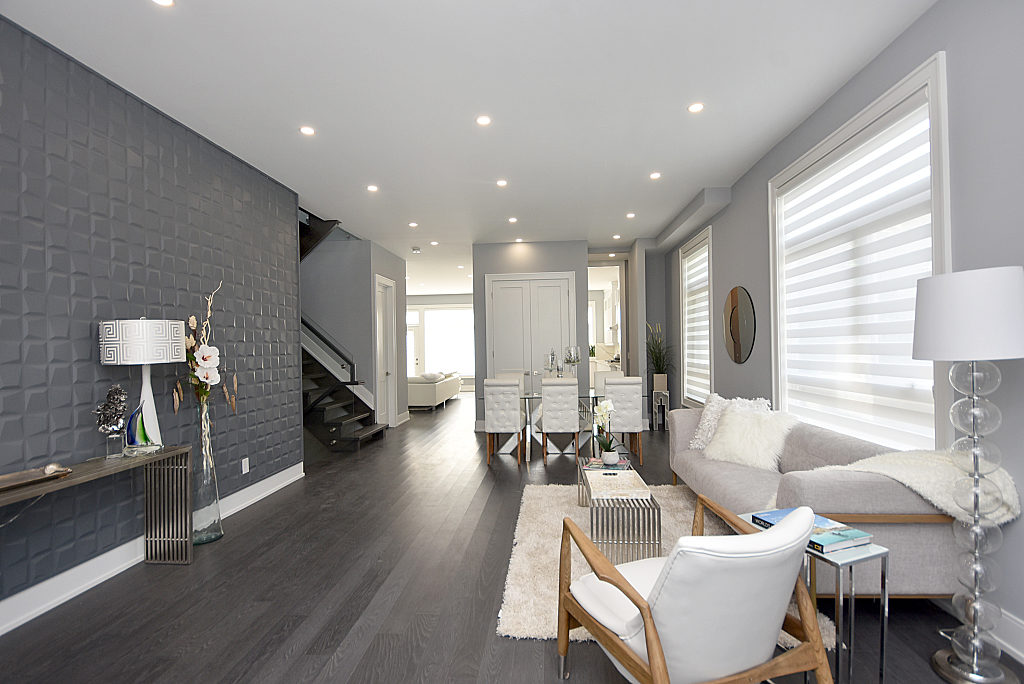 Living Room Walkway, 948 Third, Mississauga Home Staging