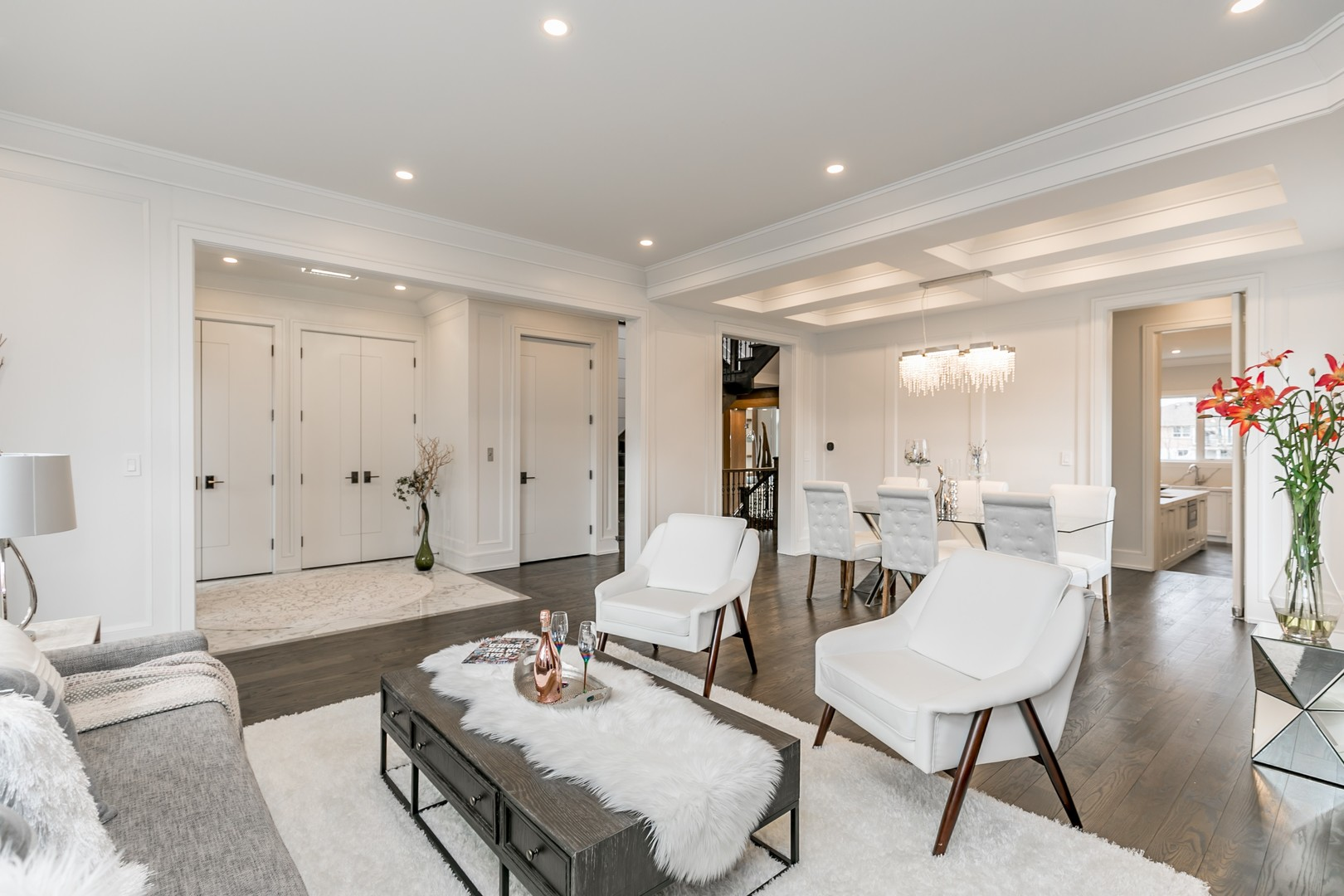 Main Room View, 19 Ryder, Vaughan Home Staging