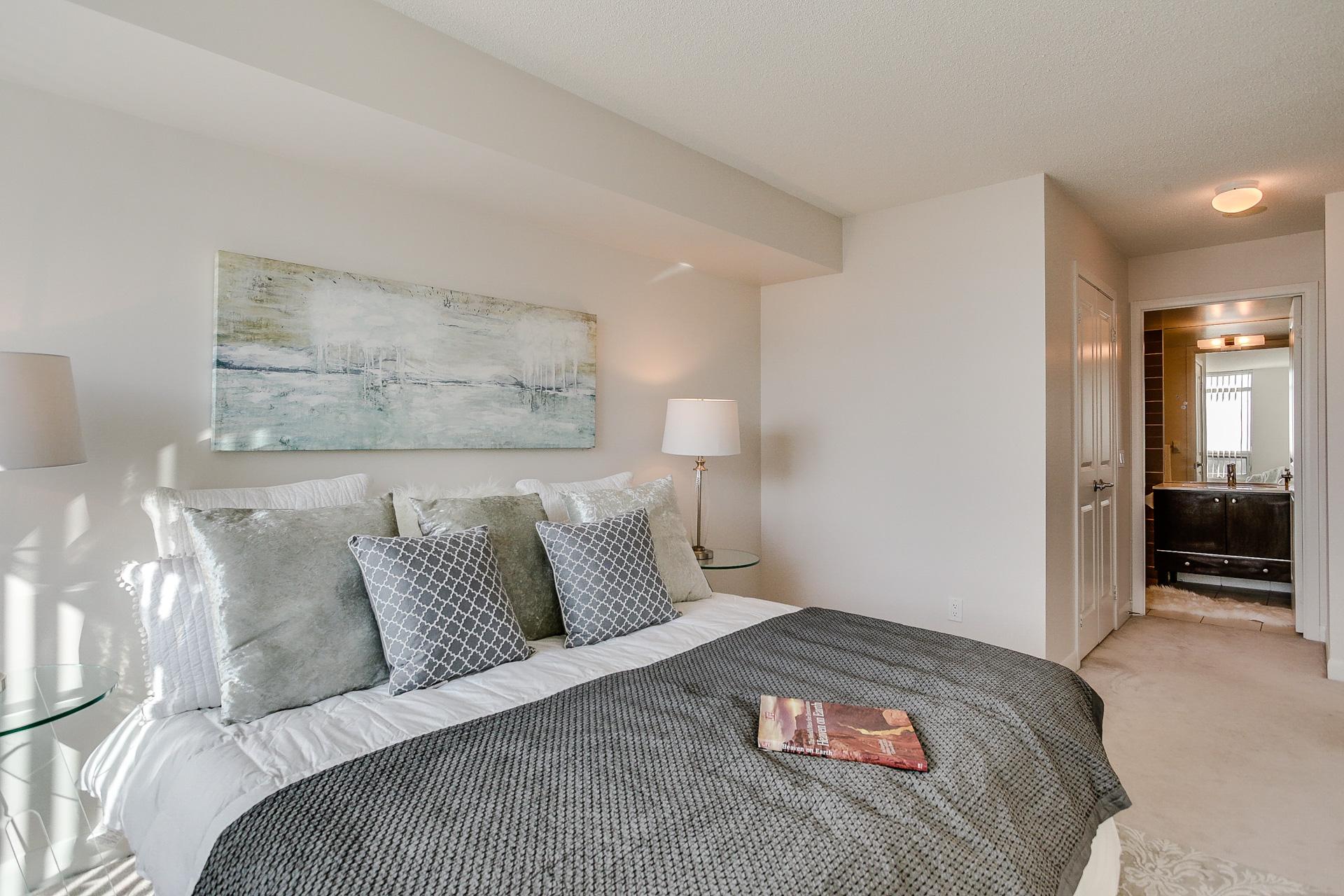 Master Bedroom Bathroom, 235 Sherway Gardens, Etobicoke Home Staging