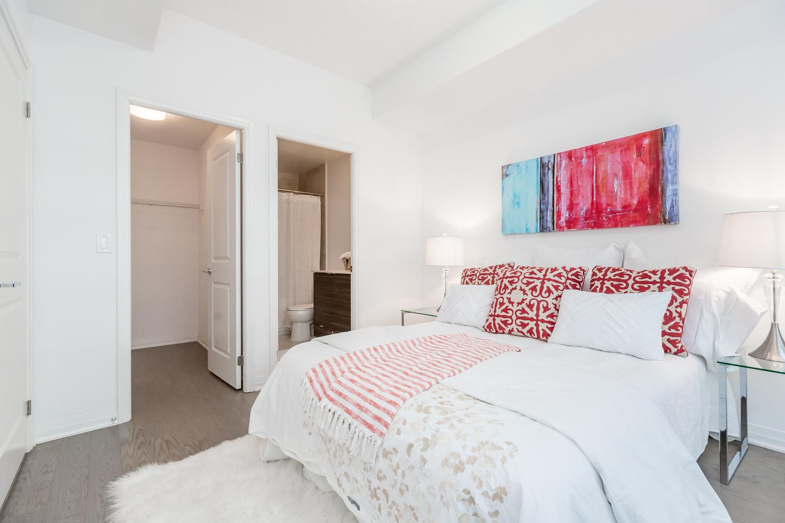 Master Bedroom Washroom, 59 Annie Craig, Toronto Condo Staging