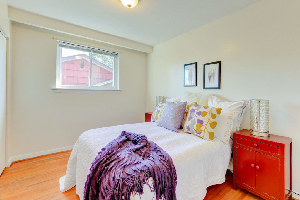 Second Bedroom, 215 Greyabbey, Scarborough Home Staging