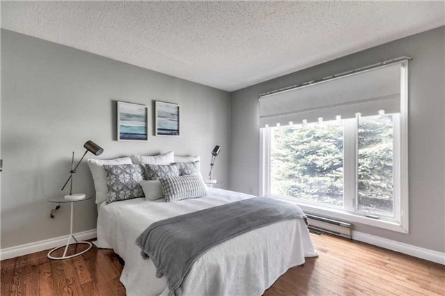 Second Bedroom, 230 Wilmot, Newcastle Home Staging