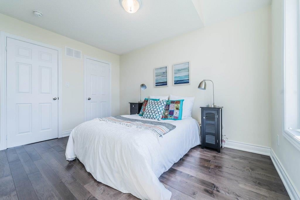 Second Bedroom, 255 Dundas, Markham Home Staging
