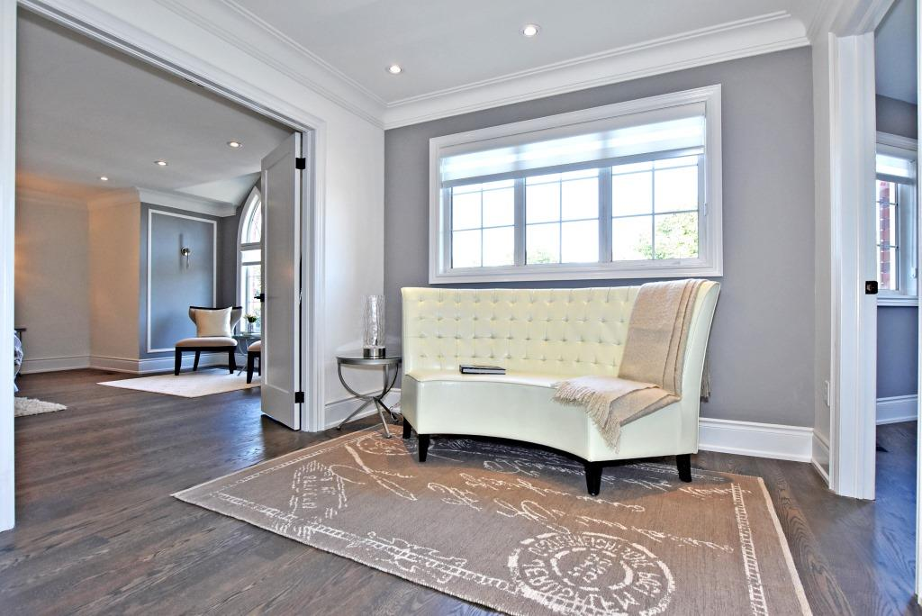 Sitting Area, 91 Wheeler, East York Home Staging