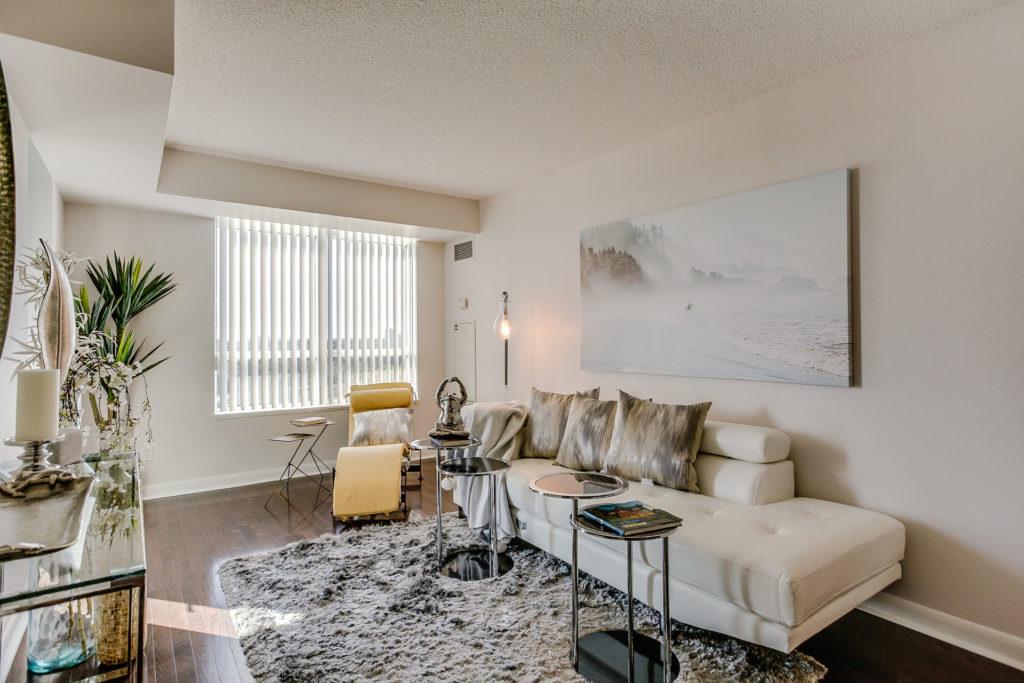 Sitting Room, 235 Sherway Gardens, Etobicoke Home Staging