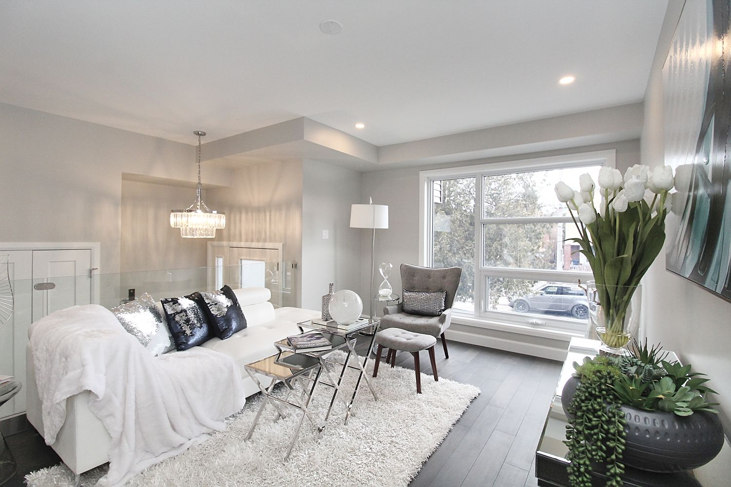 Sitting Space, 182 Oak Park, East York Home Staging